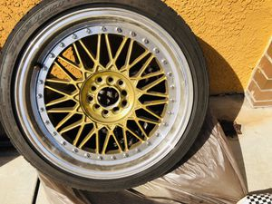 18in rims 4x4 for Sale in South Gate, CA