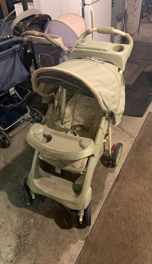 Comfort tracker baby stroller for Sale in Buffalo, NY
