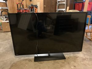 50 inch Toshiba & 50 inch Haier TVs for Sale in Everett, WA