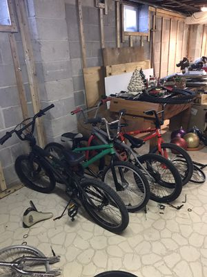 4 bikes for Sale in Southampton, PA