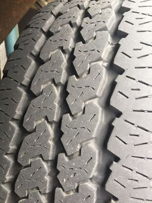 Truck tires 245 75 16 for Sale in Schaumburg, IL