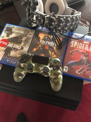 Ps4 pro spider man new black ops 4 cod 2k19 infinite warfare Nd more games downloaded on profile headphones everything new deal u can't pass no for Sale in WARRENSVL HTS, OH