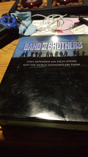 Band of brothers 6 disc box set for Sale in Modesto, CA