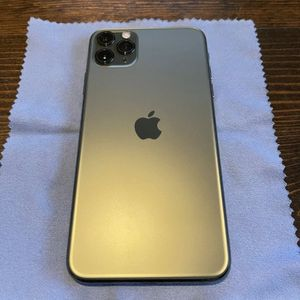Unlocked iPhone 11 Pro Max 256GB Midnight Green for Sale in Smyrna, GA