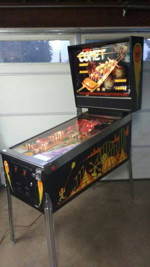 COMET PINBALL MACHINE BY WILLIAMS for Sale in Riverside, CA
