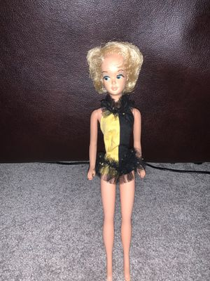 Vintage Blonde Bubblecut Barbie for Sale in Virginia Beach, VA