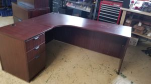 Office furniture for Sale in Cleveland, OH
