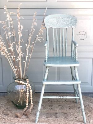 Antique Trayless High Chair for Sale in Lodi, CA