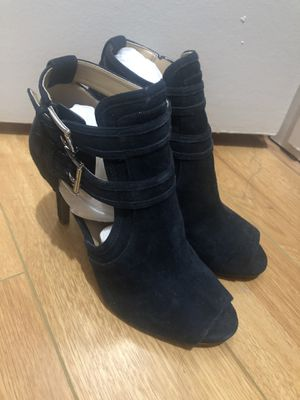Michael Kors booties rams new for Sale in Los Angeles, CA
