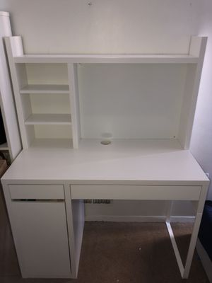 Makeup vanity for Sale in Manassas, VA