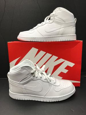 NEW BIG NIKE HIGH SIZE 11 FOR MEN NUEVOS for Sale in Dallas, TX