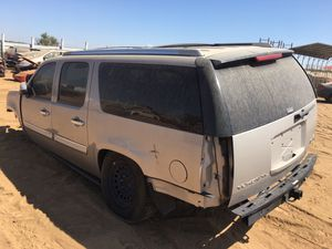 2010 GMC Yukon Denali For Parts ONLY! for Sale in Fresno, CA