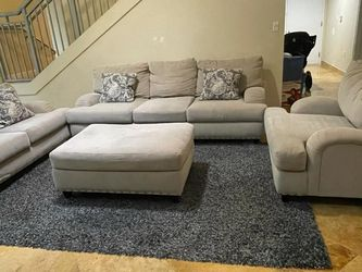 4 piece sofa Queen couch pull out sleeper loveseat chair ottoman set pillows for Sale in HALNDLE BCH,  FL