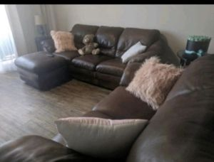 Italian Leather couches (3seater+2 seater+ottoman) for Sale in Jersey City, NJ