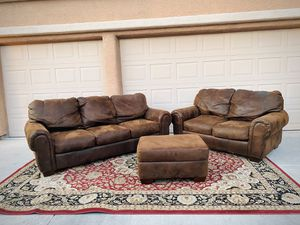 Brown couch set for Sale in Las Vegas, NV