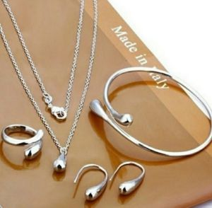 NWT silver Necklace Waterdrop Set for Sale in Wichita, KS
