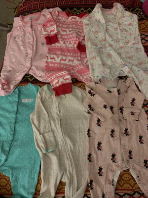 0 -3 months clothes and other(25+ pieces) for Sale in Germantown, MD