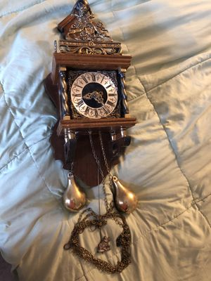 ANTIQUE DUTCH CLOCK -MADE BY WUBA- 1986 for Sale in New Haven, CT