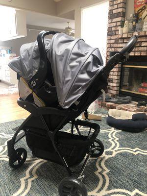 BabyTrend Boardwalk Stroller Car seat Travel System for Sale in Turlock, CA