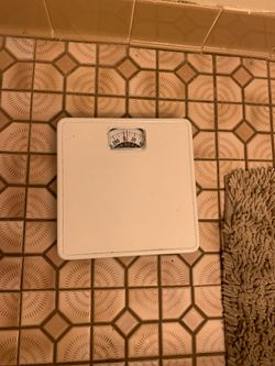 Bathroom scale for Sale in NY,  US
