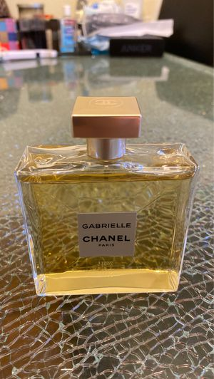 Chanel Gabrielle 3.4 FL OZ(100ml) for Sale in Gardena, CA
