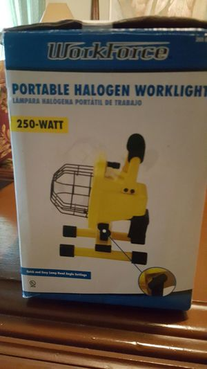 Portable halogen worklight for Sale in Bowie, MD