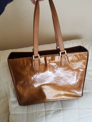 Authentic Louis Vuitton Columbus Vernis tote for Sale in Vista, CA