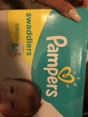 77ct. Pampers Swaddlers size 2 for Sale in Tacoma, WA