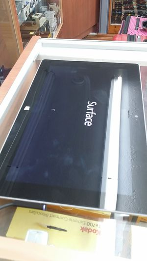MICROSOFT SURFACE 2 64 GB WI FI ONLY FOR SALE!!! for Sale in Miami Beach, FL