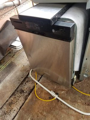 KitchenAid stainless steel dishwasher for Sale in Miami, FL