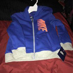 Boys Nike Hooded Jacket Size 7 for Sale in Camden,  AL