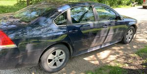 2011 Chevy impala for Sale in Grove City, OH
