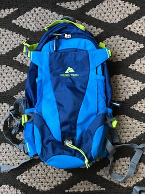 Ozark trail hydration backpack for Sale in Everett, WA
