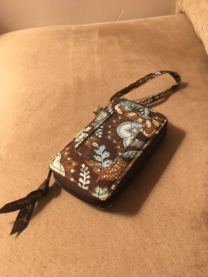 Vera Bradley quilted wristlet for Sale in Brooklyn, NY