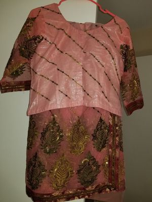 Saari net with embroidery work double shaded for Sale in Lansdowne, VA