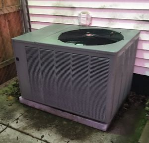 4 Ton Air Conditioning Unit for Sale in Detroit, MI