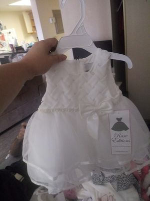 Brand new newborn baby girl clothes and a Brand new pack of dialers for Sale in Las Vegas, NV