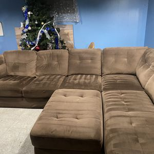 Sectional Couch FREE DELIVERY for Sale in Happy Valley, OR