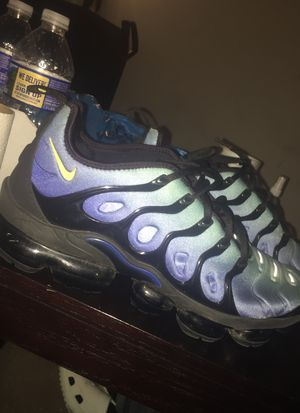 Nike vapormax size 11.5 condition 9/10 $185 for Sale in Woodbridge, VA