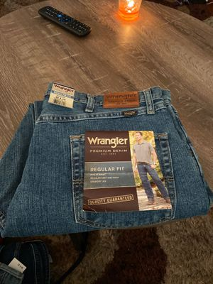 Wrangler jeans 38-30. new with labels for Sale in Los Angeles, CA