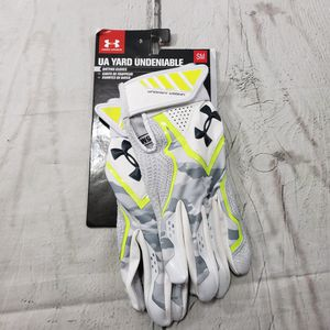 Under Armour Batting Gloves Size Small Mens UA Yard Undeniable heat Gear Multi-Color Camo Print NWT New With Tags for Sale in Los Angeles, CA