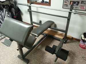 Olympic work out bench with bar & weights for Sale in Homer Glen, IL