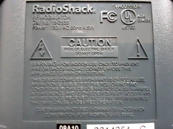 Radio Shack RF Modulator Converter 15-2526 - for Old TVs with Coaxial Connections but No A/V Inputs