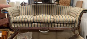 Antique Humpback Parlor Sofa Couch for Sale in Chula Vista, CA