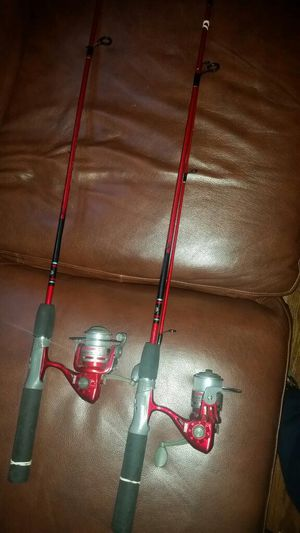 2/zebco fishing poles with reels line for Sale in Seattle, WA
