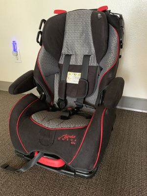 Baby car seat for Sale in Lynnwood, WA