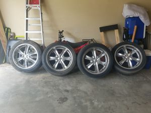 20 inch Chrome Rims for Sale in College Park, GA