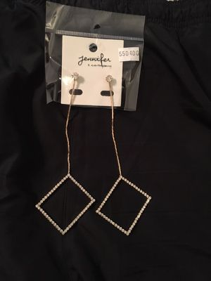 Long box diamond earrings for Sale in Oxon Hill, MD