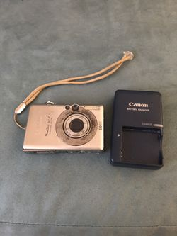 Canon PowerShot SD400 Digital Camera for Sale in Oviedo,  FL