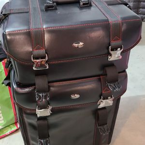 Makeup Traveling Case for Sale in Rancho Cucamonga, CA